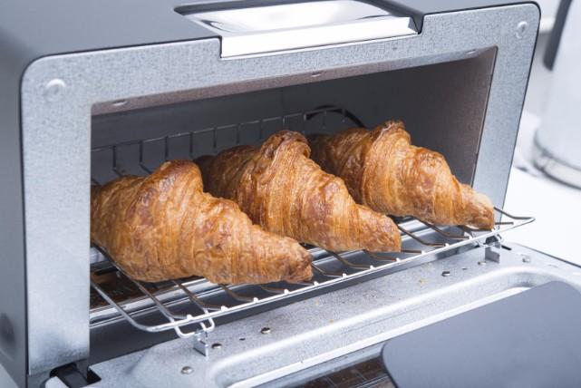 「セスキ炭酸ソーダ」で、オーブントースターが楽々お掃除できるワケ