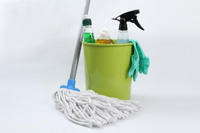 重曹、クエン酸を使えば簡単!お風呂全体をピカピカにお掃除する方法