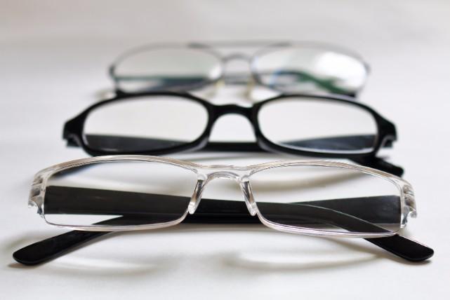 これは簡単!「台所用洗剤」を使ったメガネ洗浄4ステップ