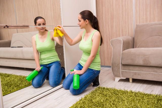 電解水なら洗剤を使わずお掃除できる!2つの材料で電解水を作る方法