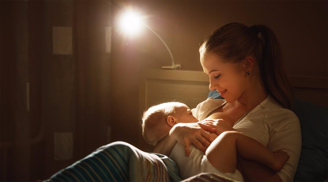 ちょっとの心がけでよく出るようになる!母乳不足の解決法10選