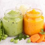 【離乳食初期の順番】野菜はいつからどれを食べさせるの?