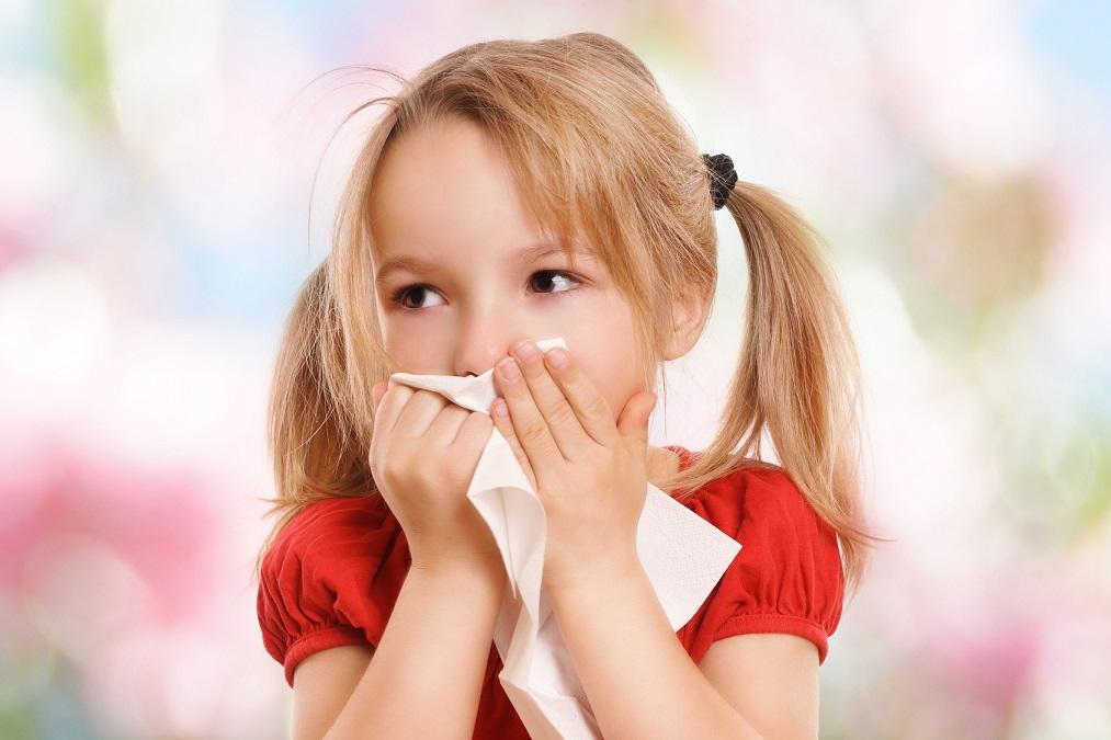 子供から親へのSOSのサイン!「爪噛み」の原因と8つの治し方