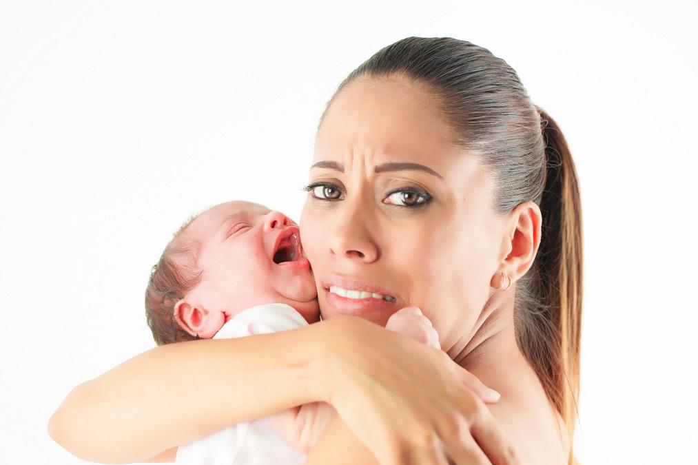 ママも思わずげんなりする「新生児の寝ぐずり」はいつまで続く?