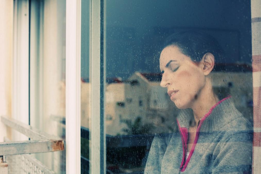 冬限定で鬱っぽくなる「冬季うつ病」を防ぐ5つの対策法