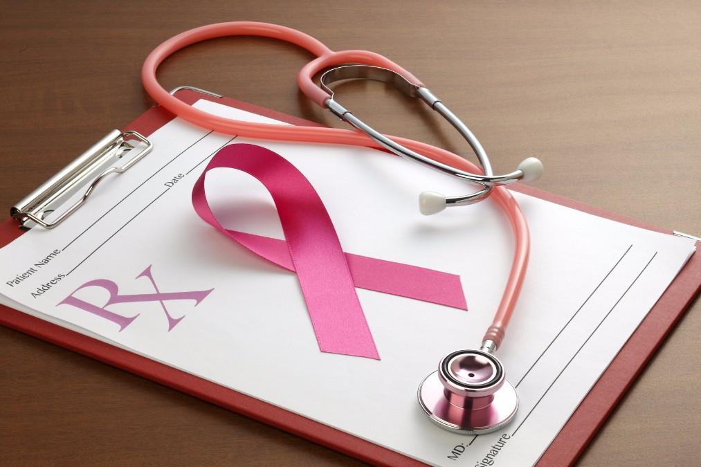 胸にしこりが。授乳中に乳がん検診を受けることはできる?