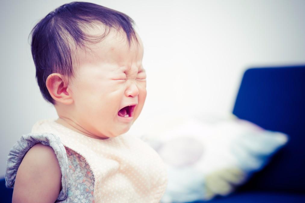 離乳食が3回になる、生後10ヶ月頃の赤ちゃんの夜泣きの原因