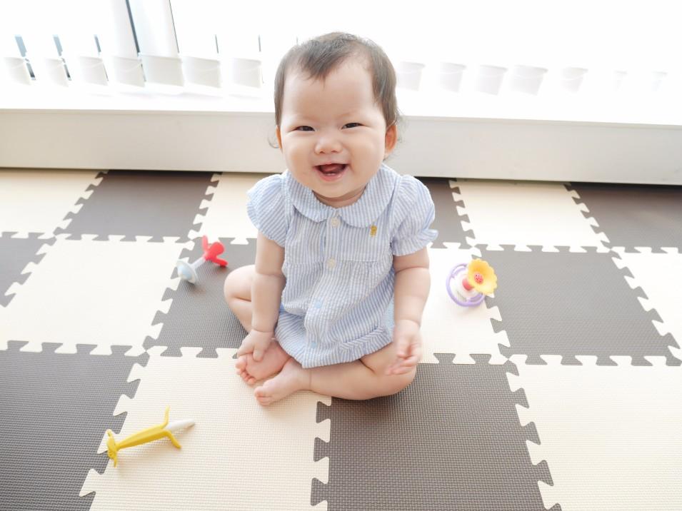 赤ちゃんがお座りしない時に考えられる5つの原因と練習のさせ方