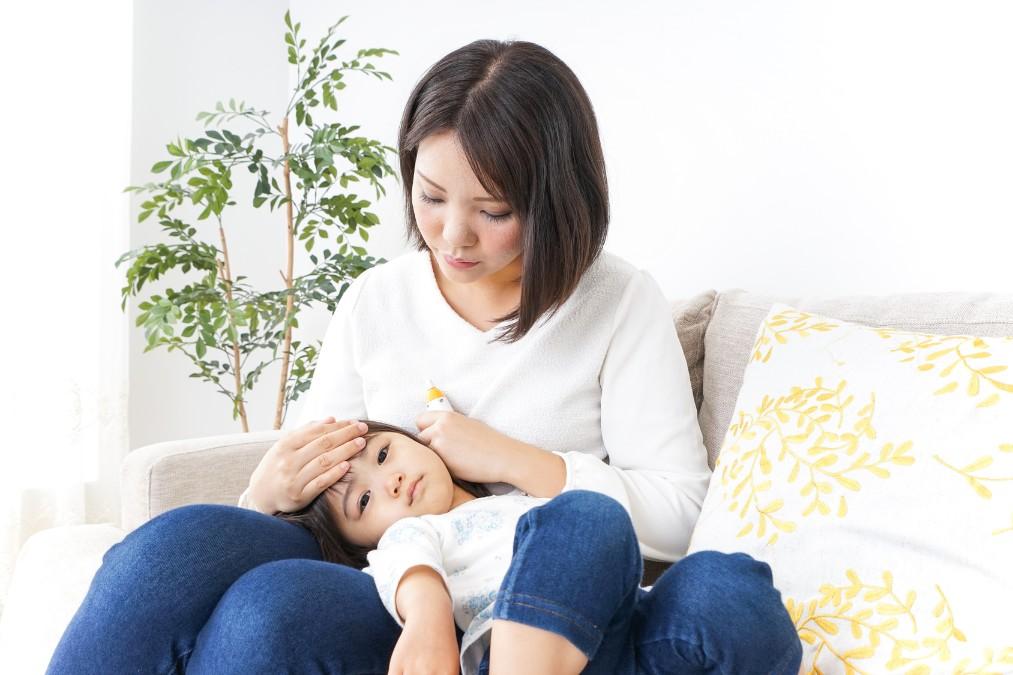 赤ちゃんの呼吸が「異常」か「正常」かを見分ける5つのポイント
