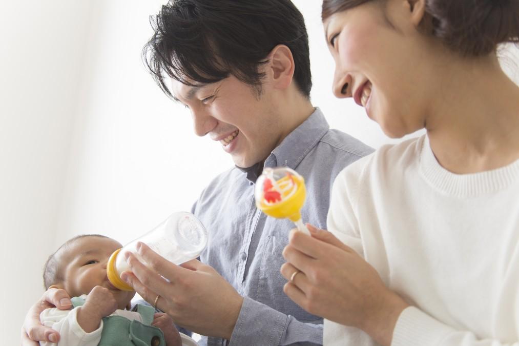 月齢別で見る、0歳児の成長をサポートするオススメおもちゃ
