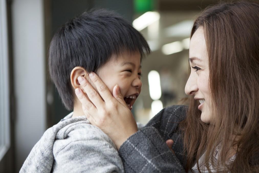 【子供の感染症対策】うがいの練習を始める時期の目安と進め方