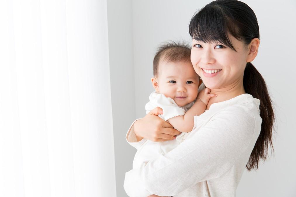 赤ちゃんと楽しくお散歩するために備えておきたい8つの対策