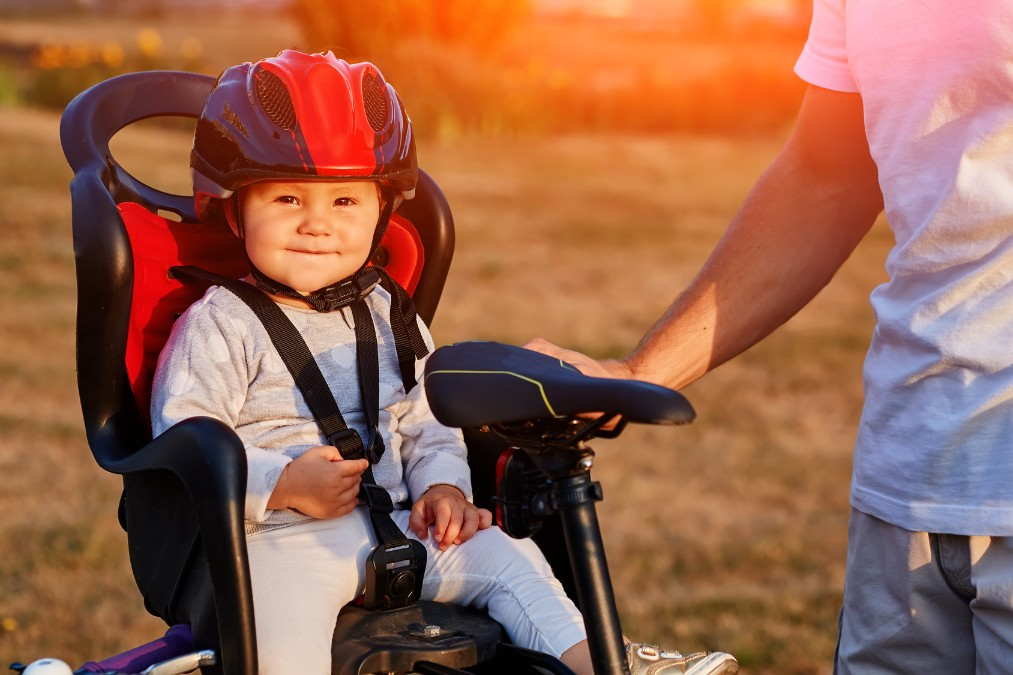 赤ちゃんを安全に自転車に乗せる方法