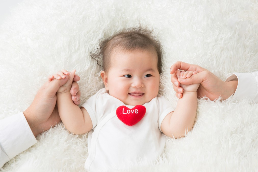 赤ちゃんの「でべそ」はいつ治る?治らない場合の対処法は?