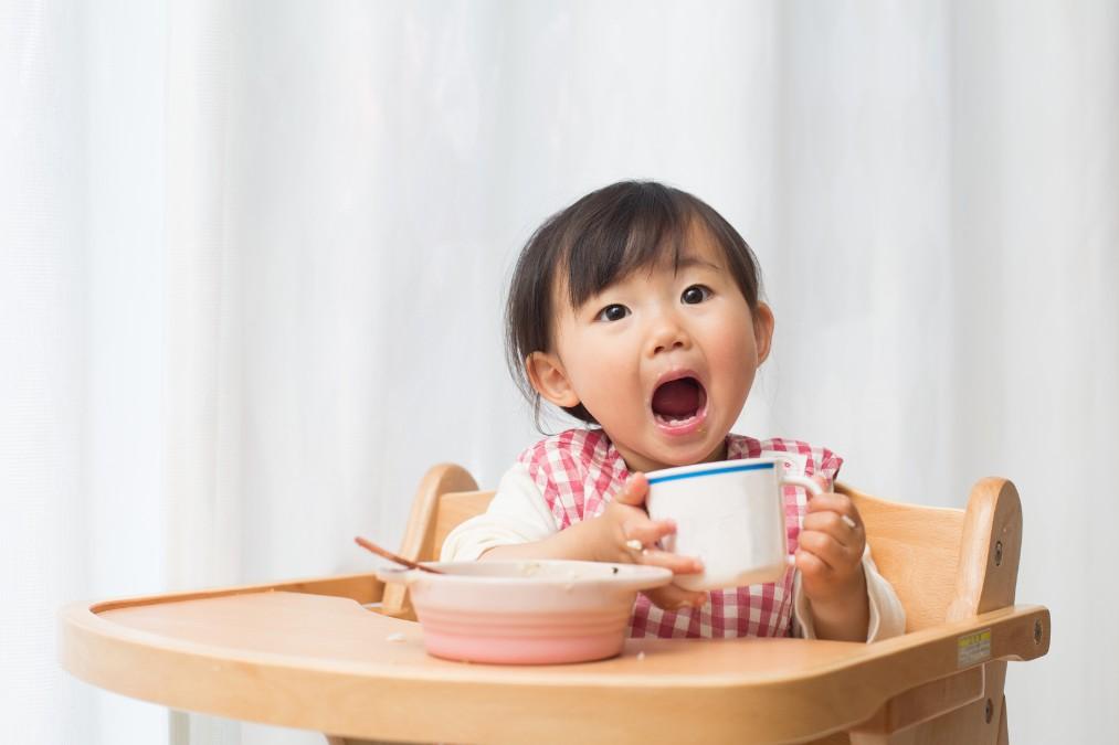 赤ちゃんが牛乳NGな2つの理由と与えても良い時期の目安