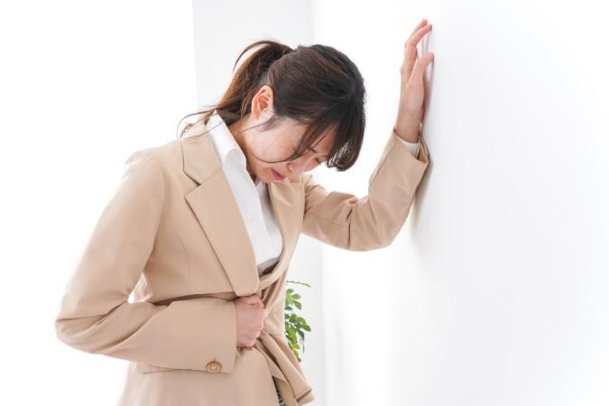 吐き気や眠気が辛い「つわり」の症状はいつまで続く?